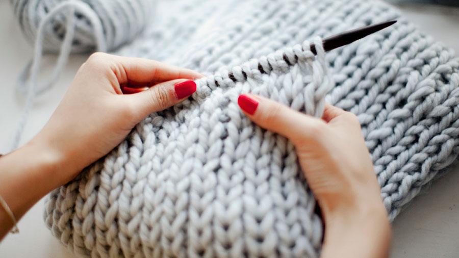 Aprendemos a hacer un jersey de lana el blog de merceria - Puntos de agujas de lana ...